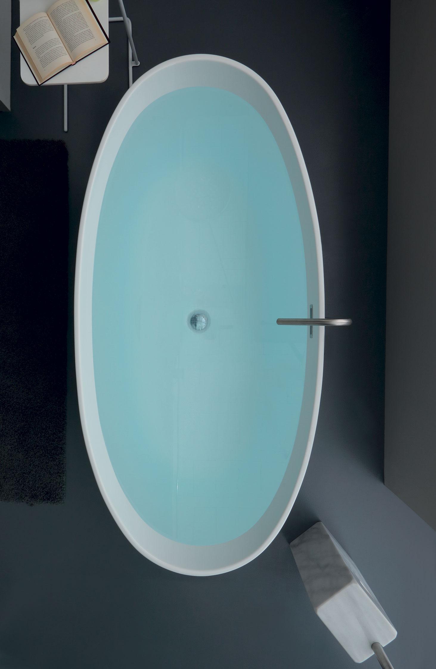 Vasca Da Bagno Gigante.Bath Tub Vasche Da Bagno Per Arredare Con Stile