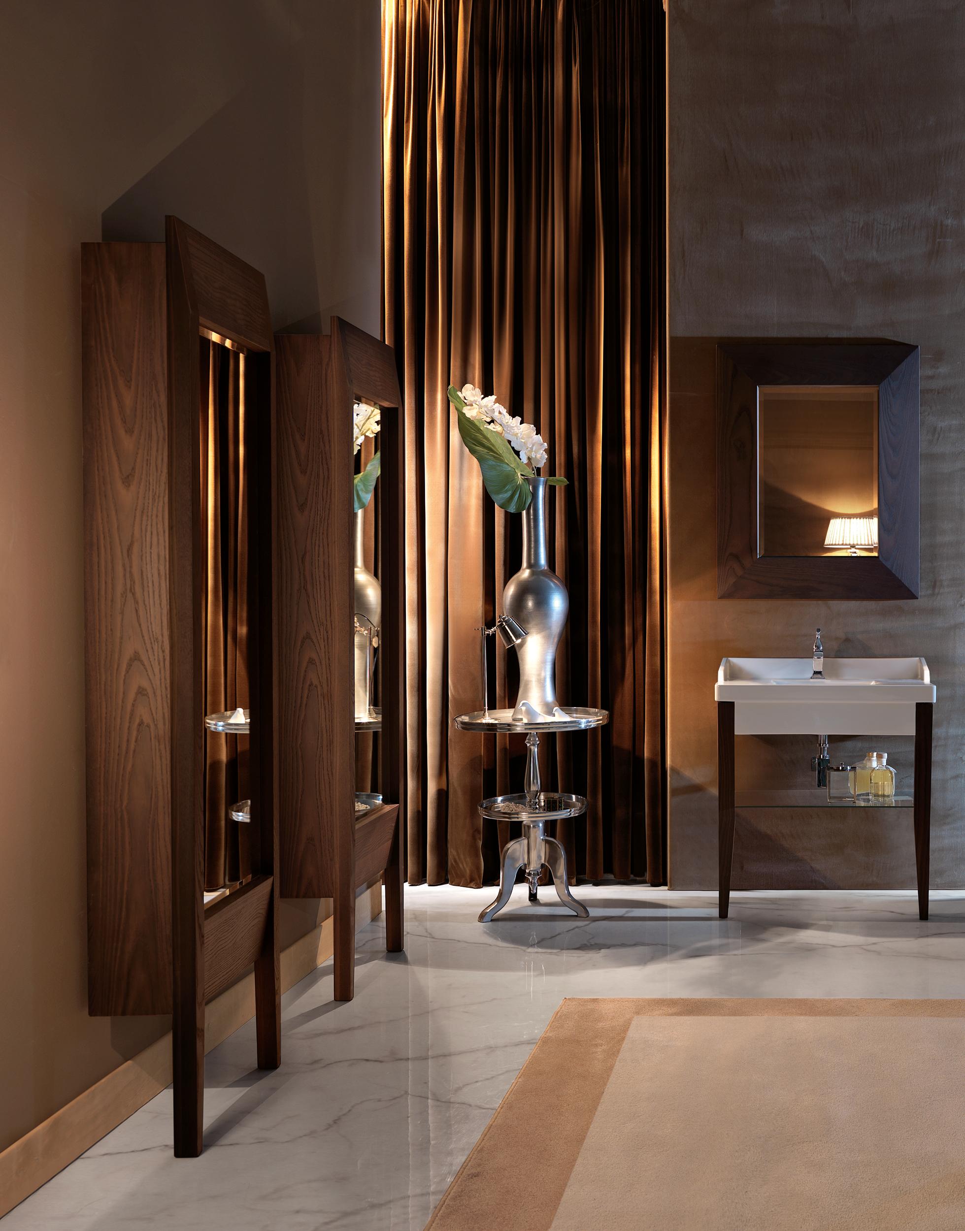 Specchi Artistici Da Bagno.Specchio Per Il Bagno Un Accessorio Indispensabile