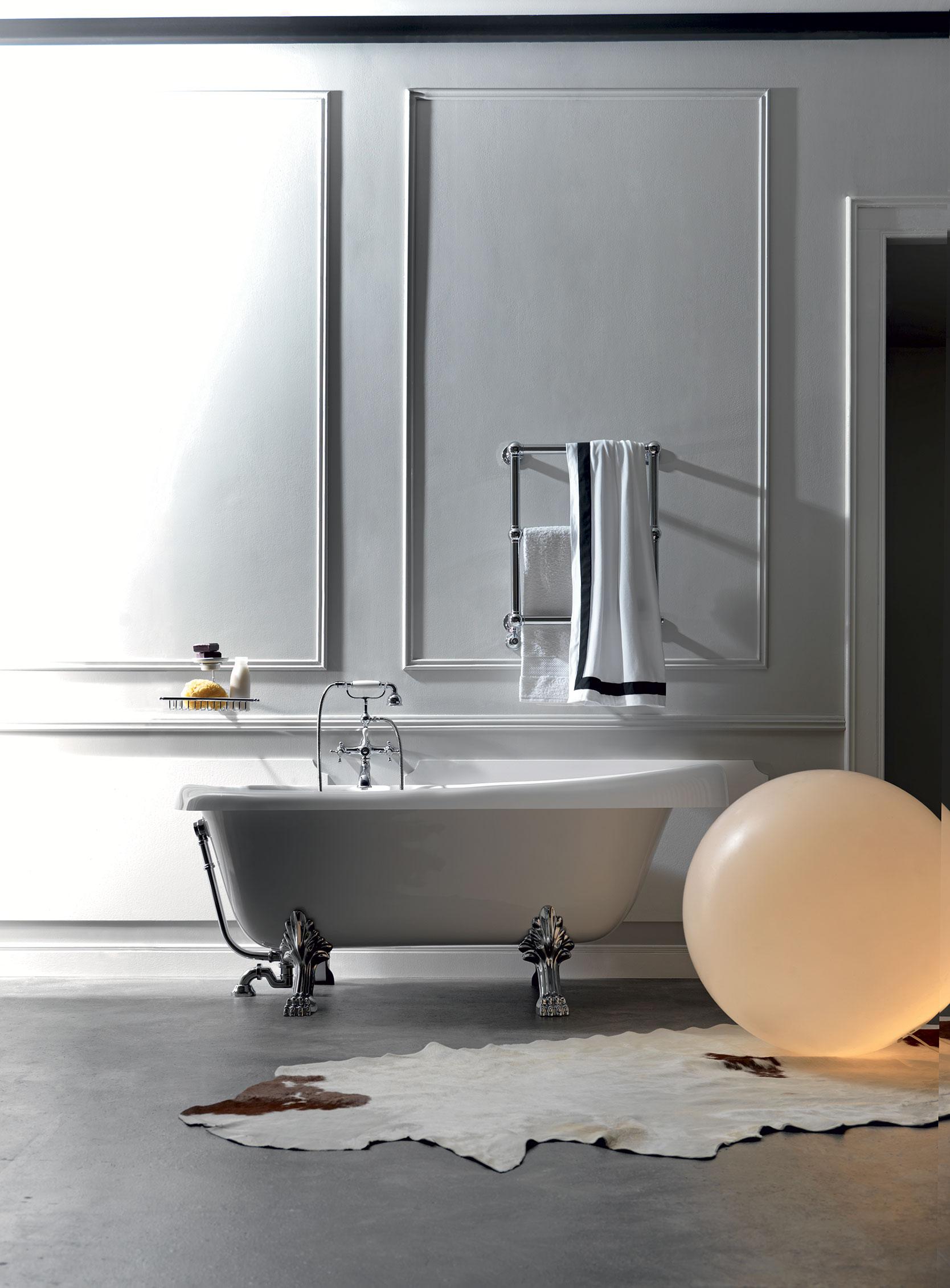 Vasca da bagno bianca - Installare una vasca da bagno ...